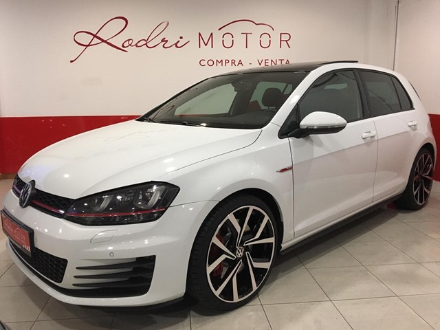 VOLKSWAGEN GOLF VII GTI PERFORMANCE ( 23.200€)